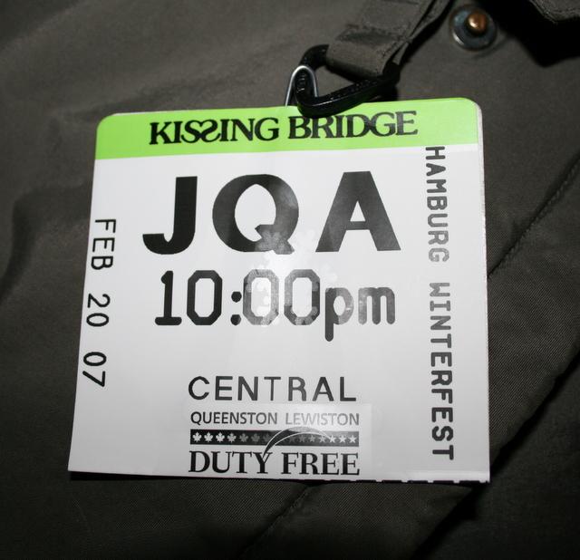 Hamburg Winterfest Kissing Bridge ski pass